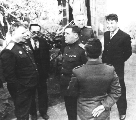 27 pang hak se founder of nk security police north korean leader kim il sung right talks with soviet officials in pyongyang in 1947 the soviet union dispatched hundreds of ethnic koreans to thecheapjerseys Choice Image
