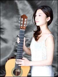 kaori muraji brings people back to classical guitar