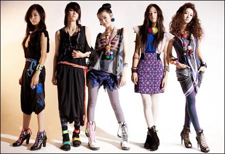 K Pop Stars Head To Shanghai For Concert