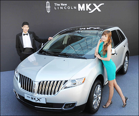 new lincoln ford sales service korea unveils its 2011 new lincoln mkx