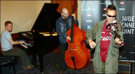 Violinist Nigel Kennedy to Go on Stage