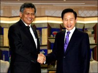 ASEAN Committed to Playing Broader Role
