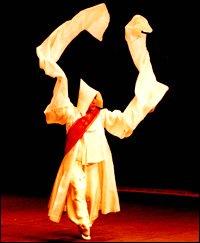 Seungmu: Seon meditation through dance