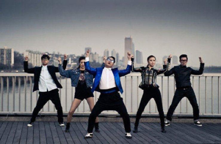 A scene from Psy's 'Gentleman'