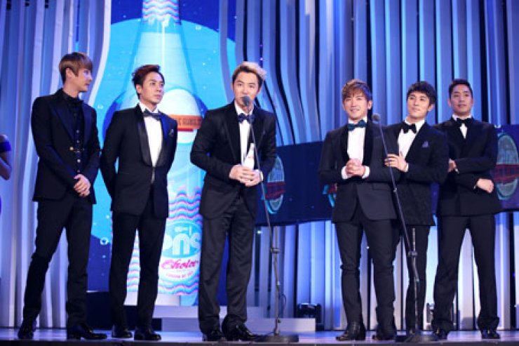 Longest-surviving K-pop group Shinhwa