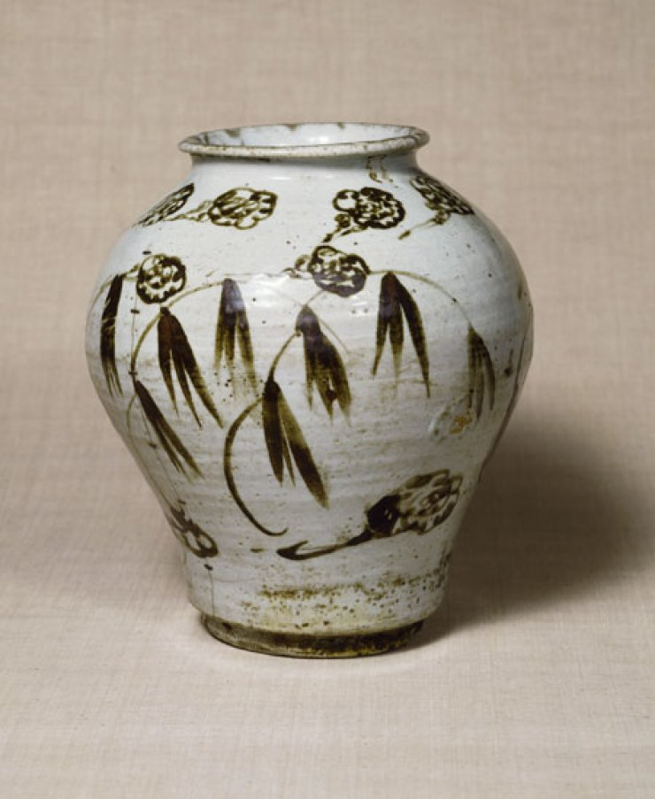 Jar with decoration of clouds and bamboo from 17th century Joseon Kingdom.