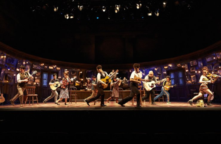 The Korean cast of 'Once the Musical' performs 'Gold' at CJ Towol Theater of Seoul Arts Center in southern Seoul. The musical has a unique atmosphere as all actors plays instruments while singing, dancing and acting. / Courtesy of Seensee Company