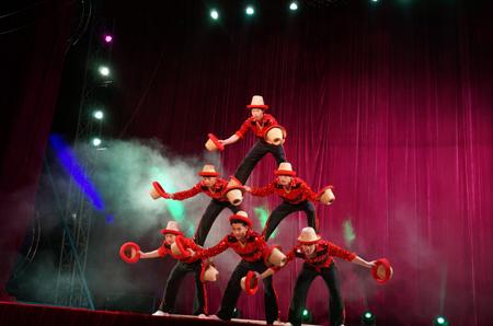 An acrobat perform aerial silk rope stunt at the Dong Choon circus troupe's circus theater in Daebu Island, Ansan City, Gyeonggi Province on Dec. 7. / Korea Times photo by Baek Byung-yeul