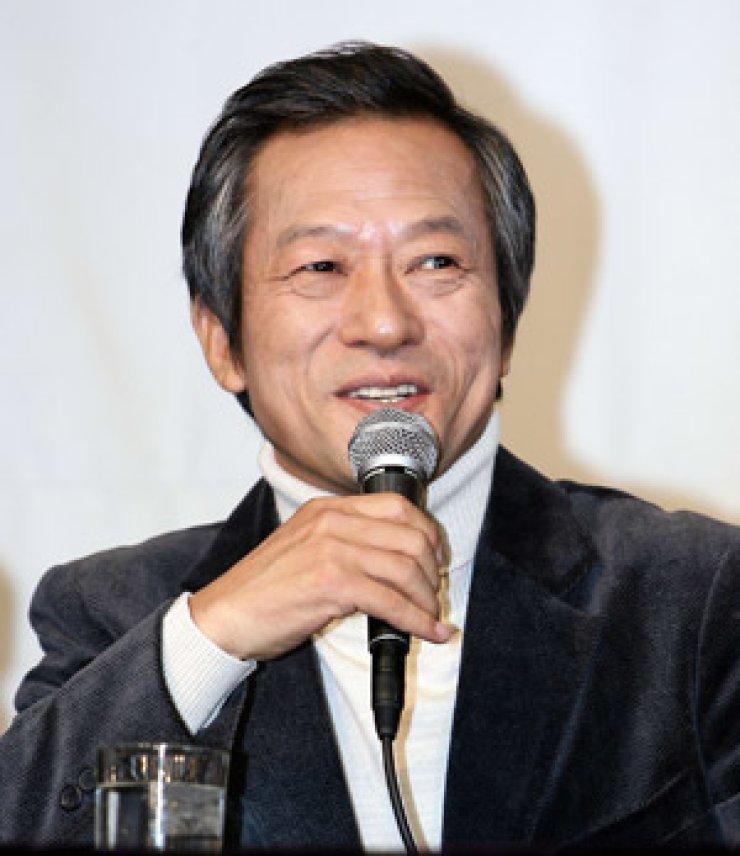 Actor Choi Il-hwa
