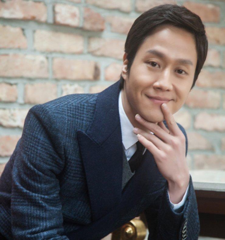 Actor Jung Woo