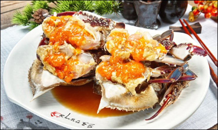 Soy-sauce marinated crabs