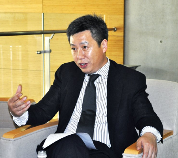 Yong Zhao, an education professor at the University of Oregon, speaks during an interview with The Korea Times Friday at Chadwick International School in Songdo, Incheon. / Courtesy of Chadwick International