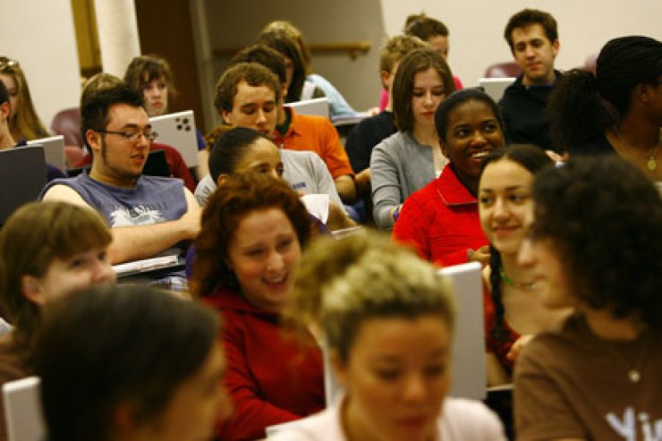 Students participate in a class at Northwestern University in Chicago in the U.S.   / Courtesy of Northwestern University