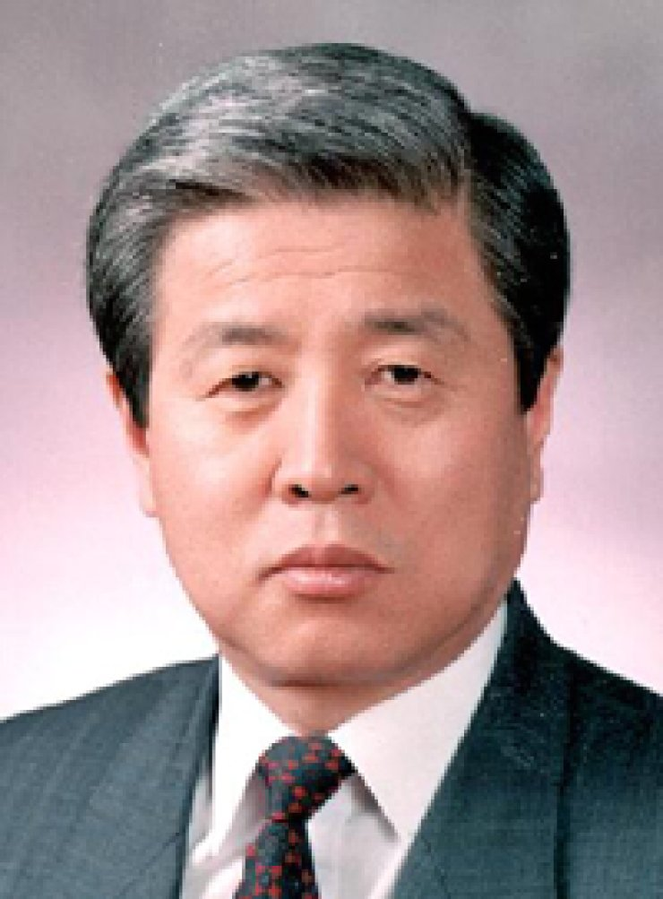 Chung Tae-ik, chairman of the Korean Council on ForeignRelations