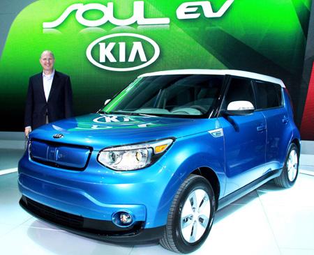 Kia unveils soul ev at chicago for Kia motors usa com