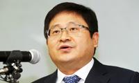 Pantech CEO Lee Joon-woo