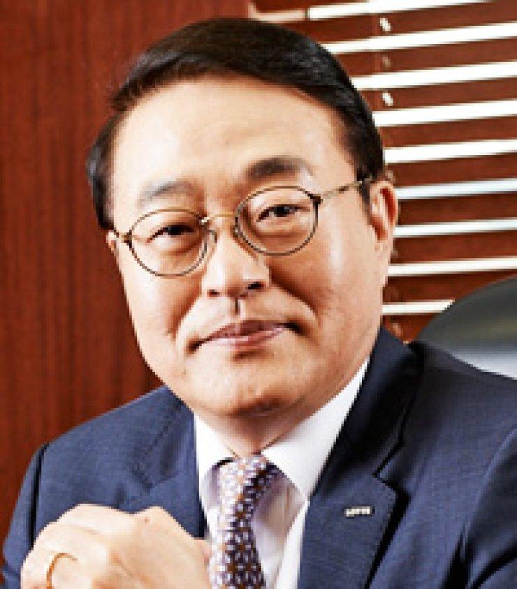 Shin Heon, former Lotte Homeshopping CEO