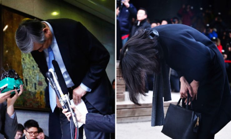 Korean Air Chairman Cho Yang-ho, left, and his daughter Heather Cho apologize at the carrier's headquarters and at the Ministry of Land, Infrastructure and Transport's office in Seoul, respectively, Friday, for Heather Cho's recent improper in-flight behavior. She renounced all of her titles at the airline and its affiliated companies ahead of an investigation, which could result in a prison sentence./ Korea Times photos by Shim Hyun-chul, Choi Won-suk