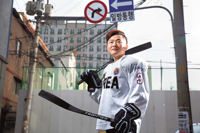 Choi Kwang-hyouk, 29, a North Korean defector and now a member of South Korea's national ice sledge hockey team, said that ice sledge hockey is a serious sport and one that keeps him focused.  / Korea Times photo by Choi Won-suk