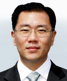 Chung Mong-kooHyundai chairmanChung Eui-sunHyundai vice chairman