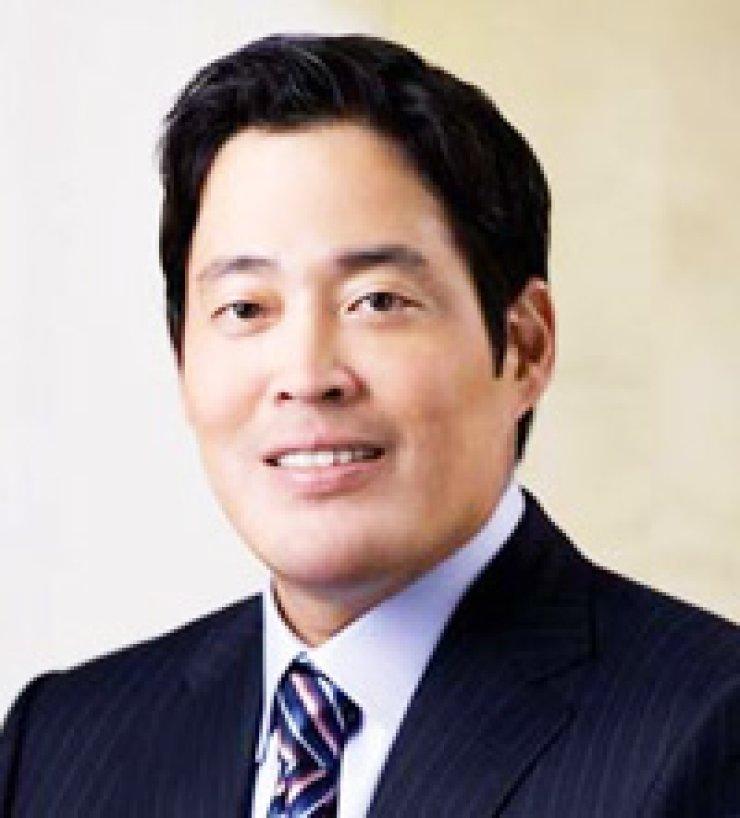 Chung Yong-jinShinsegae Vice Chairman