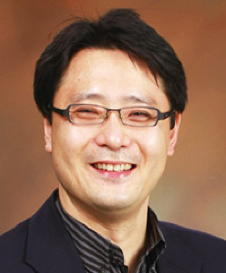 Shin Kwan-wooSogang University professor