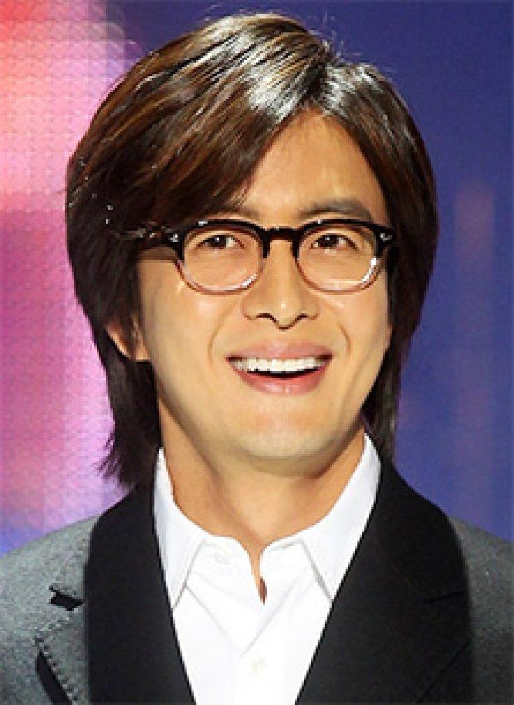 Bae Yong-joonPark Soo-jin