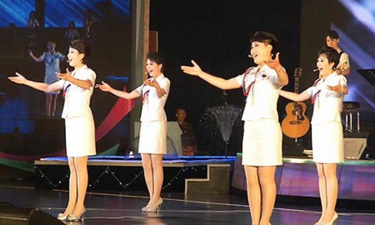 North Korea's Moranbong Band performs in Pyongyang on May 21, 2014. Yonhap