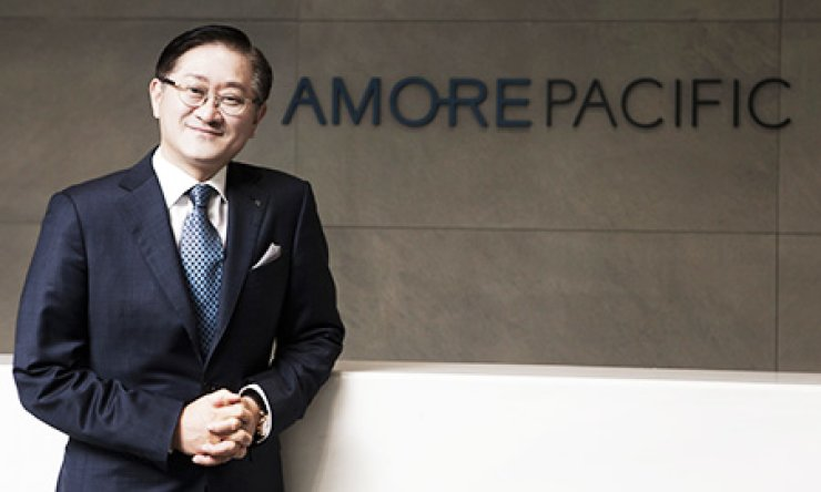 AmorePacific Chairman Suk Kyung-bae has fostered the company as one of the major cosmetics companies in the world with his business insight and trend-reading ability. / Courtesy of AmorePacific