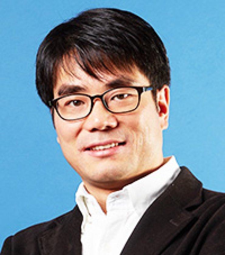 Jeong Hu-youngUNIST professor
