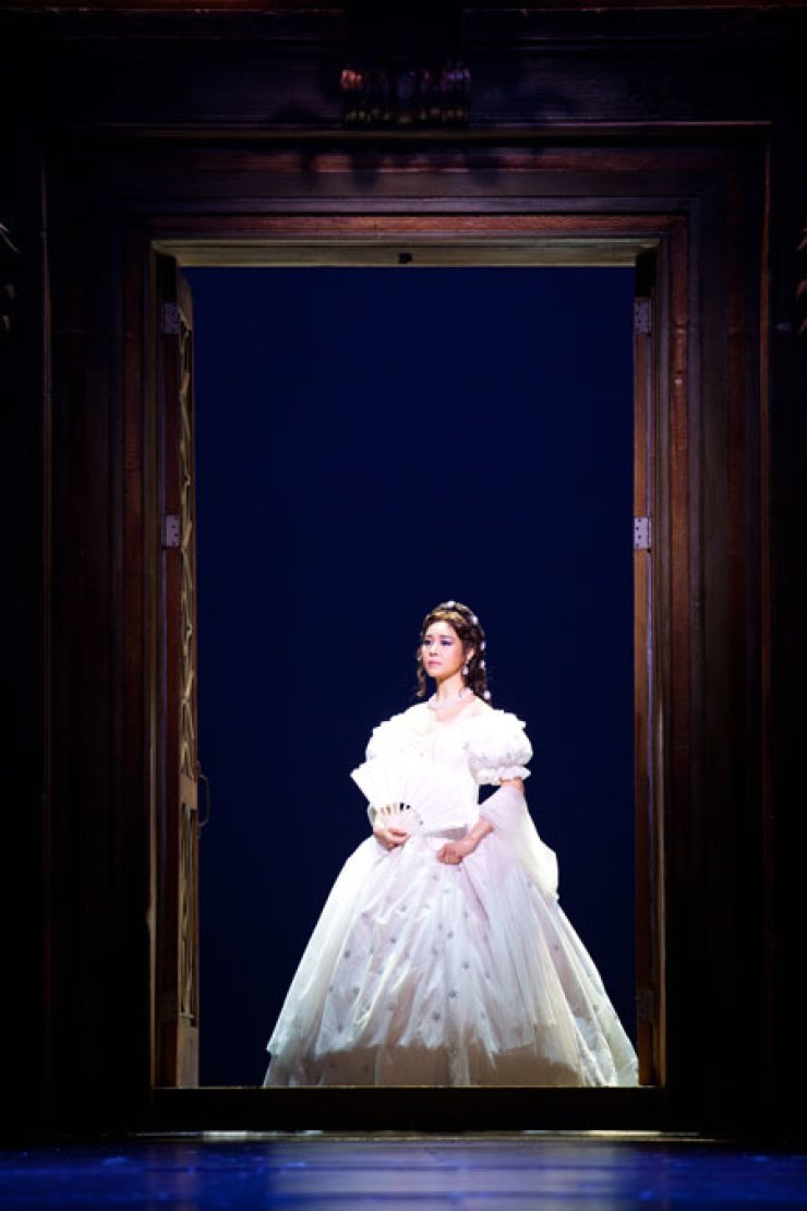 Oak Joo-hyun has recieved critics' acclaim for her lead role in the musical 'Elisabeth.'