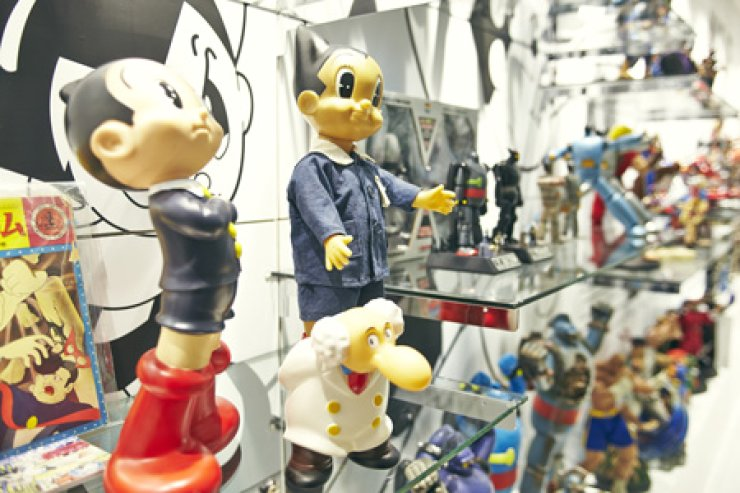Action figures based on Japanese animated films are on display at Figure Museum W in Seoul. / Courtesy of Figure Museum W