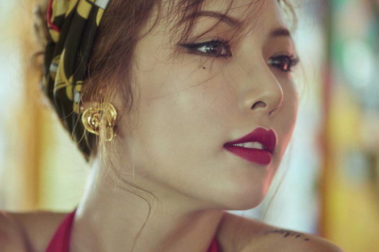 K-pop singer HyunA released her fifth solo mini-album 'A'wesome' Monday. / Courtesy of Cube Entertainment
