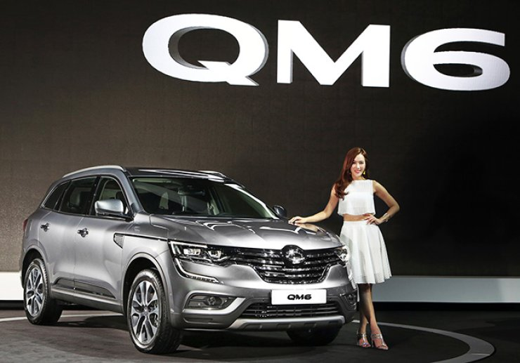 Renault Samsung introduces its new QM6 SUV during a media day at the 2016 Busan International Motor Show at BEXCO in Haeundae, Thursday. / Courtesy of Renault Samsung