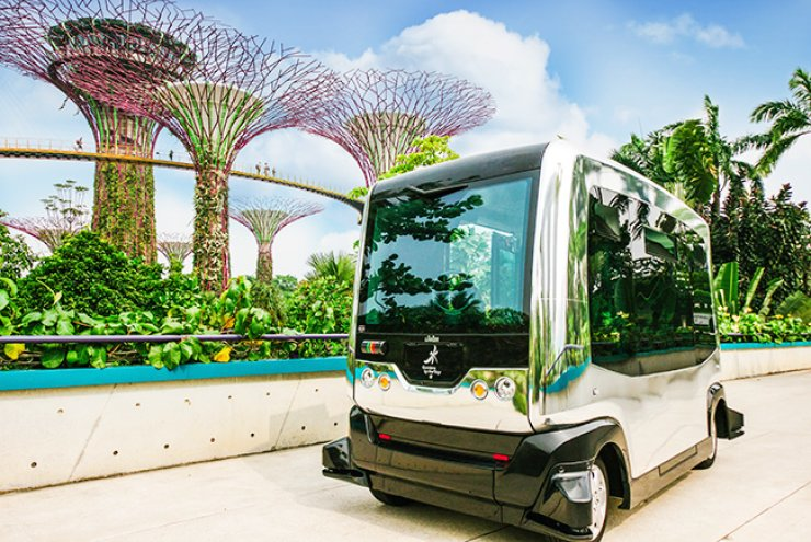 This is Auto Rider, an autonomous vehicle currently plying a shuttle route in Gardens by the Bay in Singapore./ Courtesy of Gardens by the Bay