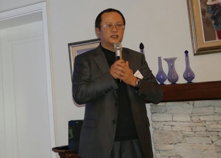 Song Seung-hwan, CEO and producer of PMC, gives speech about the success story of the non-verbal comedy 'Nanta' at the Turkish Ambassador's residence in Seoul, Tuesday, during an event organized by the Corea Image Communication Institution (CICI). / Courtesy of CICI