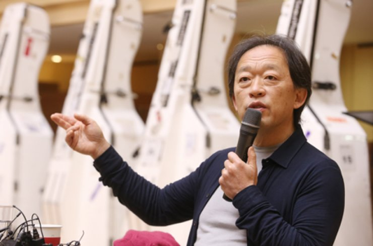 Seoul Philharmonic Orchestra music director Chung Myung-whun in the rehearsal room at the Sejong Center for the Performing Arts / Yonhap