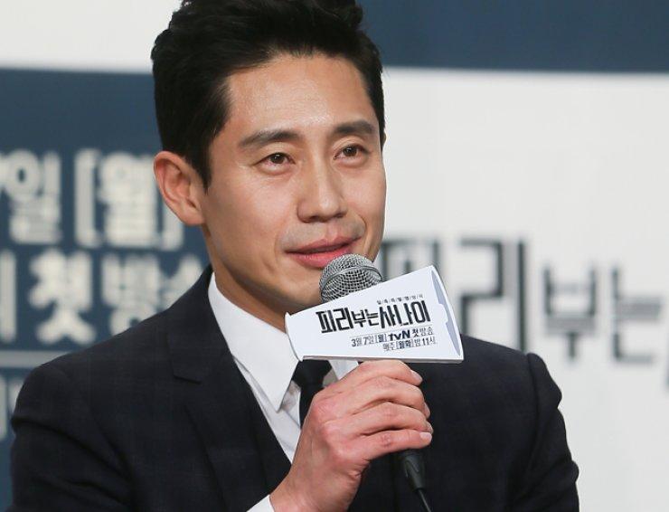 Actor Shin Ha-kyun