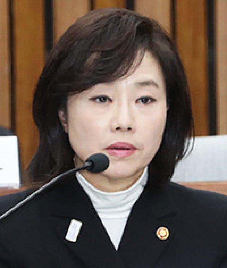 Cho Yoon-sun, Culture Minister