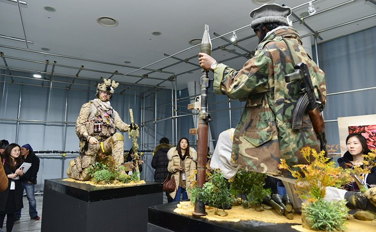 Zin Ki-jong's 'Freedom Fighter' on display at the PyeongChang Biennale 2017 / Courtesy of PyeongChang Biennale