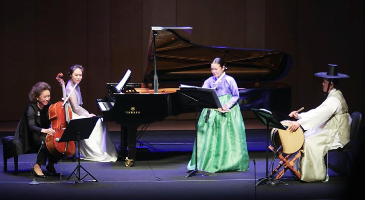 From left, cellist Chung Myung-wha, pianist Son Yeol-eum, Korean traditional vocalist Ahn Sook-sun and percussionist Jun Kye-youl perform 'Three Sarang-gas for Pansori, Cello, Piano and Buk,' composed by Lim Jun-hee, during the opening concert of the 2017 PyeongChang Winter Music Festival at the Alpensia Concert Hall in PyeongChang, Gangwon Province, Wednesday. / Courtesy of PRM