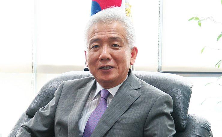 Amb. Lee Sang-deok