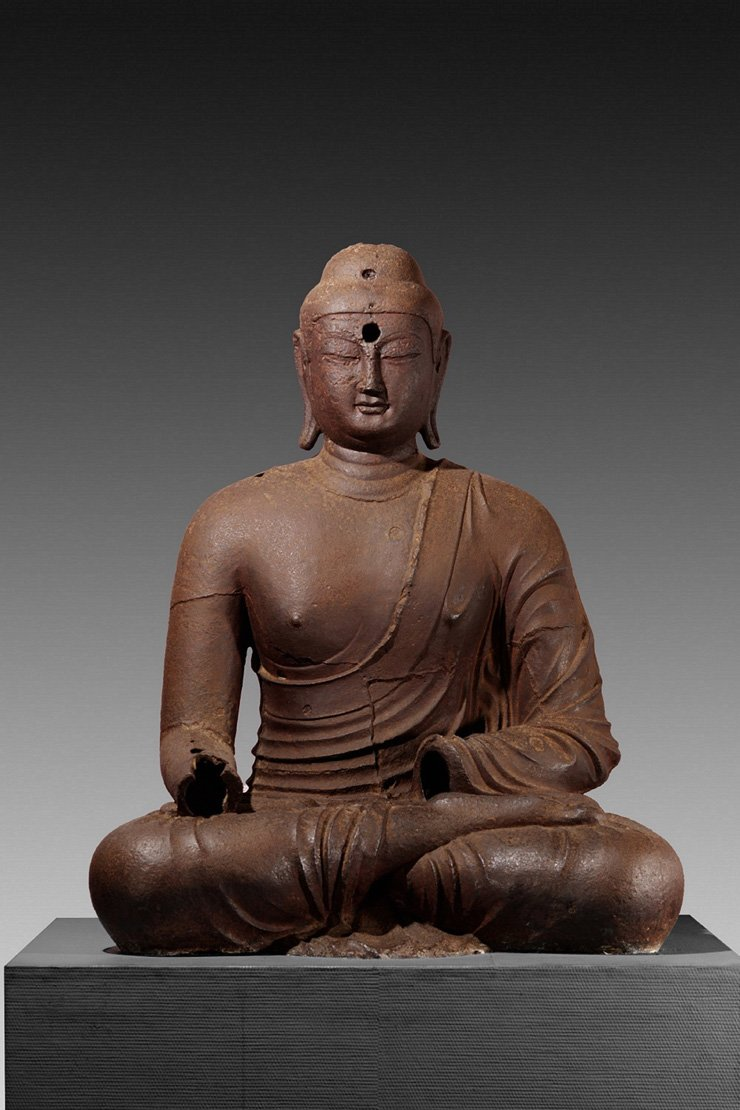 'Iron Seated Buddha' from the 9th century / Courtesy of National Museum of Korea