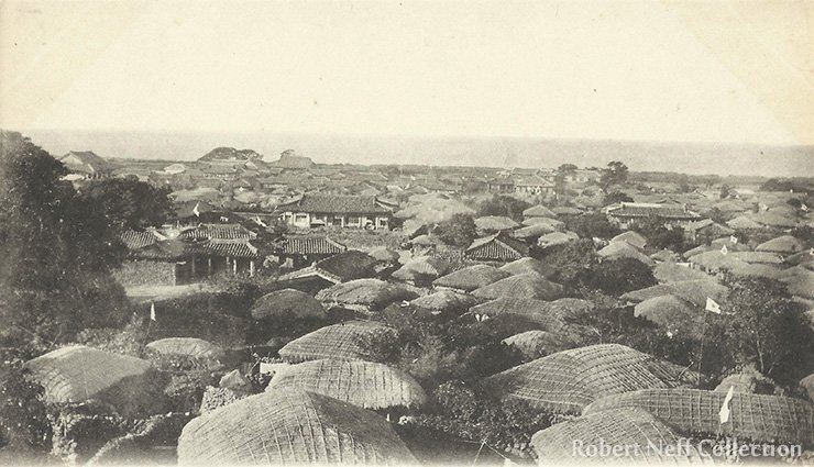 Jeju City within the walls, circa 1910-1920s