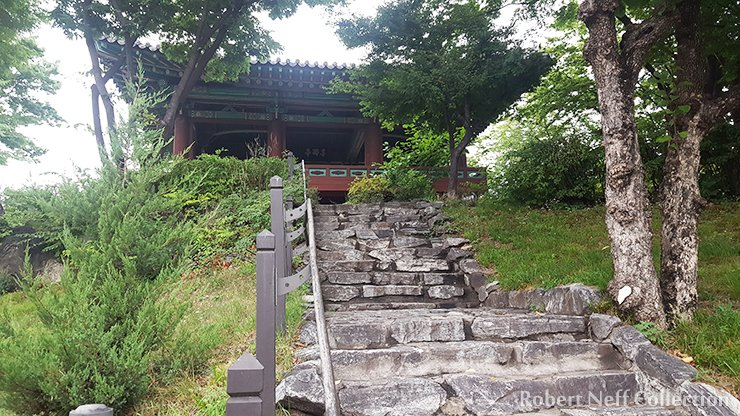 Stairs leading up to Mangwonjeong, July 2019.