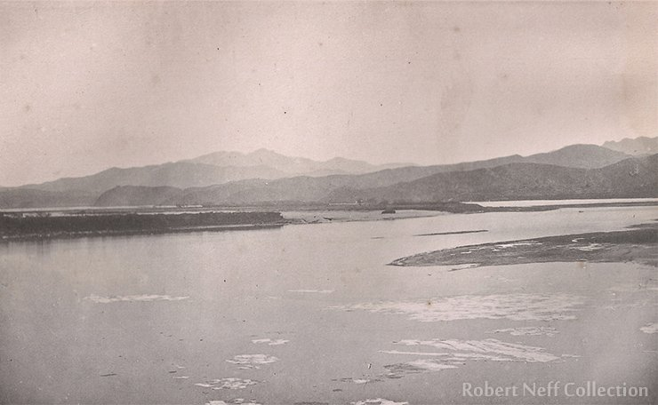 The frozen Han River, circa 1883-84.  Robert Neff collection