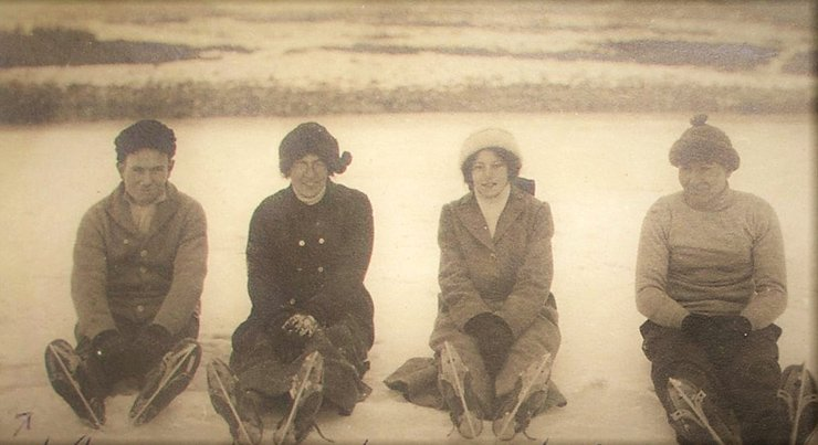 An American miner and the daughters of the Salvation Army commander at OCMC in 1913.  Courtesy of Rick Linstead