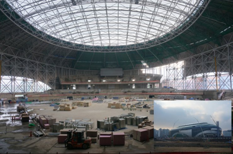 A view from inside and outside (inset) of the Gocheok Dome currently under construction / Korea Times photo by Baek Byung-yeul
