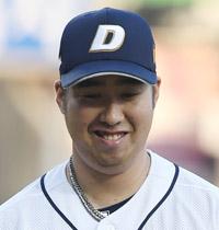 Dustin NippertYu Hui-kwanJang Won-junMichael Bowden