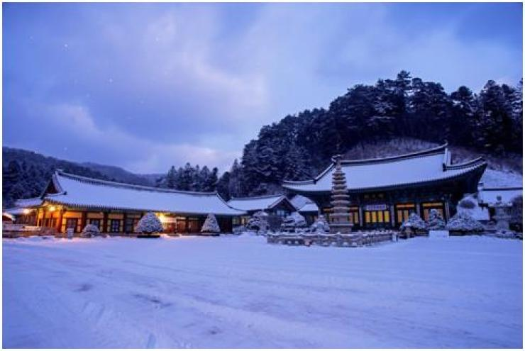 Woljeongsa Temple, located in Odaesan National Park, in PyeongChang, Gangwon Province, offers various temple stay programs, enabling participants to experience traditional Buddhist living. / Courtesy of Woljeongsa